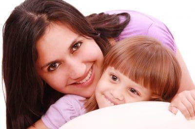 Enviar bellas frases de amor para una madre con imágenes