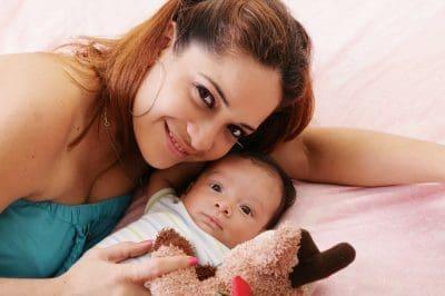 Bonitos Mensajes Por El Día De La Madre Para Mamá Primeriza