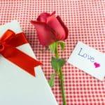 nuevos mensajes de San Valentín para las tarjetas de regalo, buscar bonitos pensamientos de San Valentín