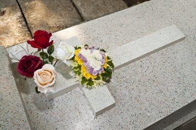 Nuevas frases y tarjetas de pésame por la muerte de un hijo