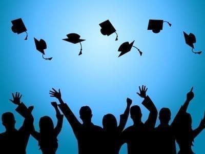 Bellos mensajes y bendiciones de graduación  con imágenes
