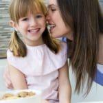 descargar gratis dedicatorias por el Día de la Madre, bonitos mensajes por el Día de la Madre para compartir